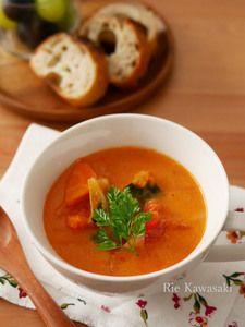 野菜たっぷり!レンジで作るトマトクリームスープ