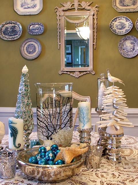Coastal Christmas shell tree  via No Minimalist Here blog