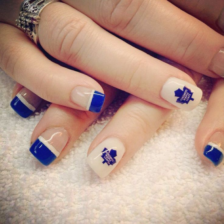 Toronto Maple Leafs! Love these nails.