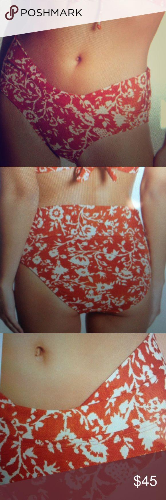 Robin Piccone Flora Twist C cuff bikini bottom NWT Paprika and cream size M bikini bottom high waist bikini. Fully lined. Polyester spandex robin piccone Swim Bikinis