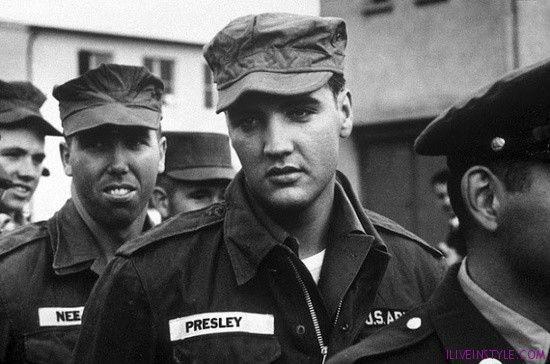 Elvis Presley a seregben - iliveinstyle.com magazin, Roland Sarkadi