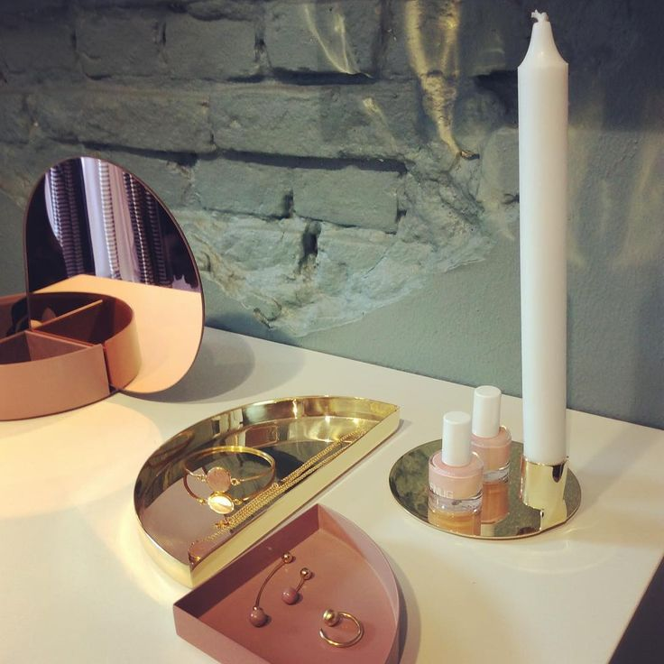 #AYTM - Anulus brass candle holder, Unity trays and Gutta jewelry jar in rose #aytm #interiør #news #brass #smykkeskrin #tray Photo: frokenribe