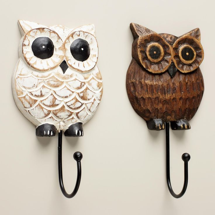 a fun way hang up your kitchen towels and necklaces our wood owl hooks feature