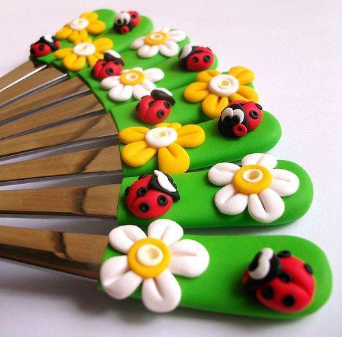 Bérušky v květinkách...