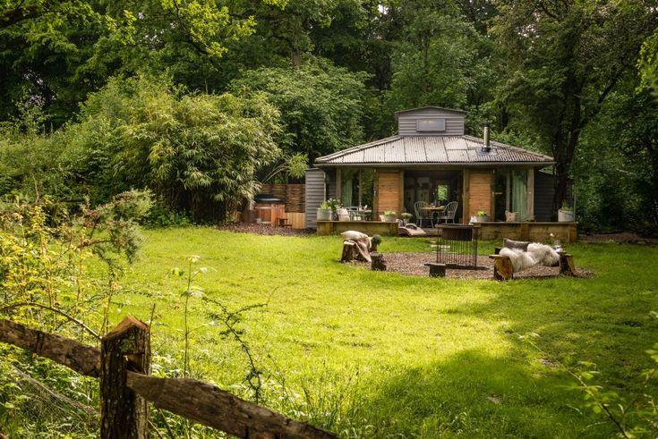 adelaparvu.com despre casa de vacanta pentru cuplu, Little Bear, Billingshurst, Sussex, Foto Unique Home Stays (14)