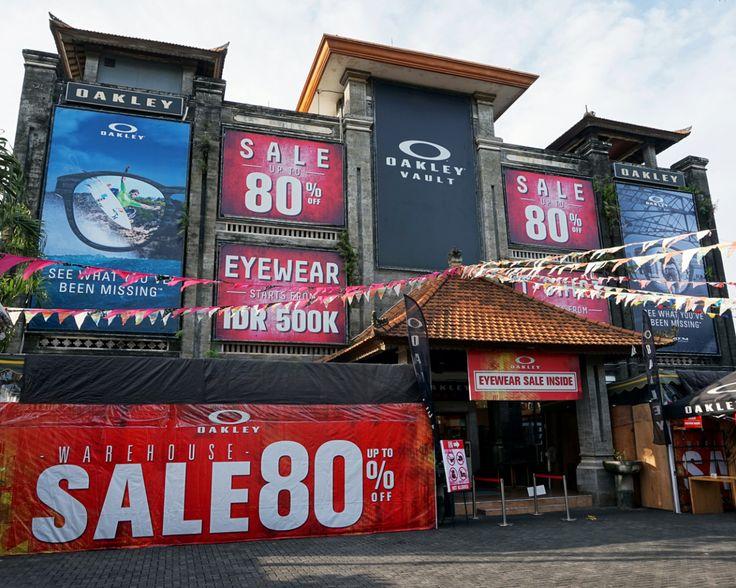 Menyambut musim liburan tengah tahun kali ini, Oakley Vault & Factory Outlet Bali mengadakan diskon gahar up to 80%, mulai dari kacamata, pakaian dengan teknologi quick dry, boardshort, topi, s…