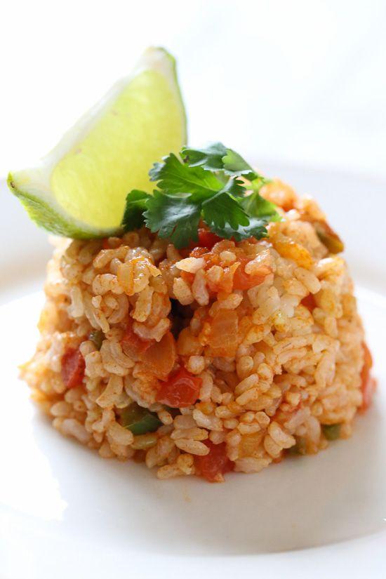 Quick Mexican Brown Rice | Skinnytaste.com | Bloglovin
