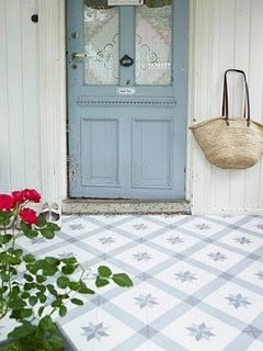 a soft blue door and floor - lovely!