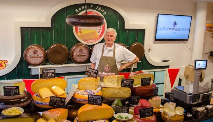 WOGNUM – World Wide Cheese is een familie bedrijf van de vader en zoon Rozendaal. De groothandel uit Wognum is gevestigd op de Westerspoor in Wognum. De nieuwe Westfriese kaas Westfrieschlander ver...
