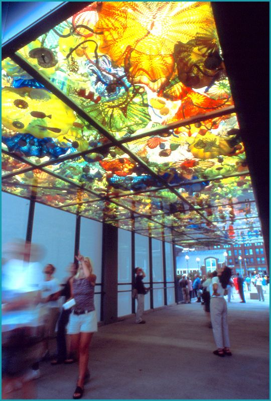 chihuly bridge of glass