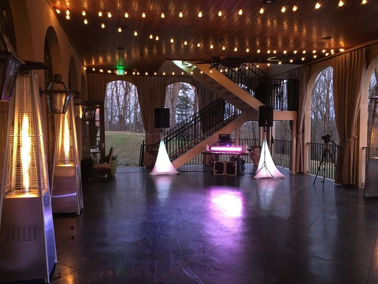 Pretty lights for a gorgeous Wedding at Montaluce Vineyards with our standard Wedding Reception DJ package! Adorned by cafe lighting and heat towers.