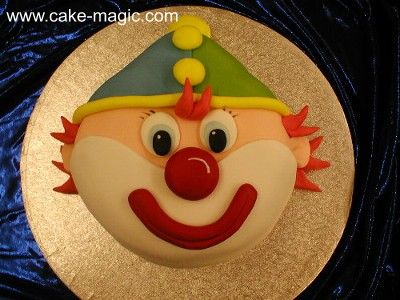 clown face cake