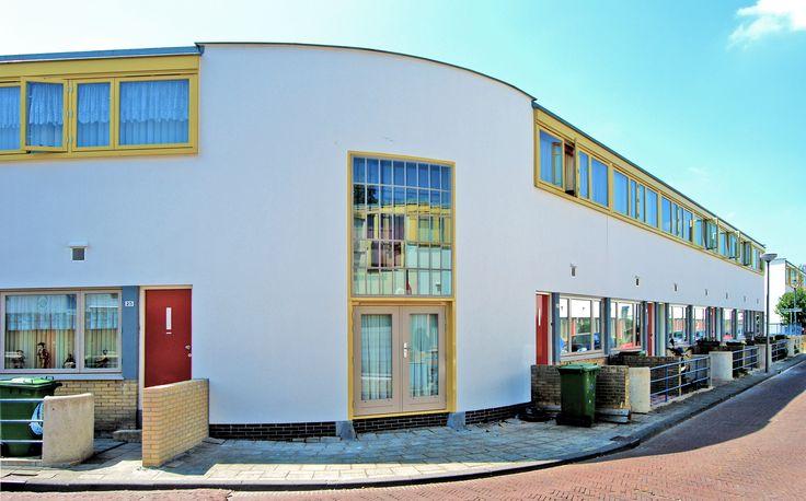 (1925-1930) Kiefhoek Housing Development - J.J.P. Oud (2500×1557)