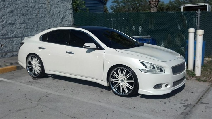 Like These Rims Too Cars Nissan Nissan Maxima Cars