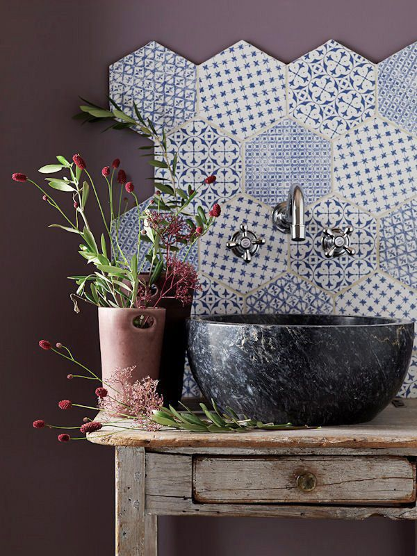 18 fina sätt att inreda med plattor och kakel Morrocan tile - love, Feel the need to finish edging.