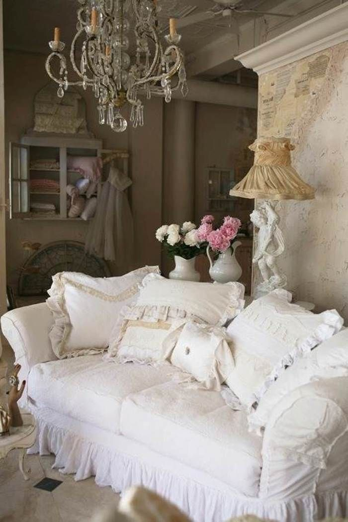 10 Unique Shabby Chic Living Room Designs With White Sofa And Pillows Luxury Chandelier Design