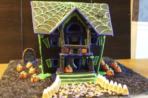 13 Spooky Gingerbread Haunted Houses   Yummly