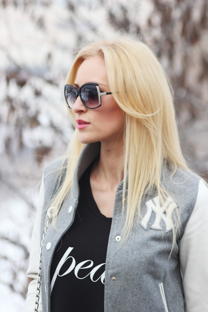 Fashion Spot: Black and white in a grey day wearing Meli Melo sunglasses