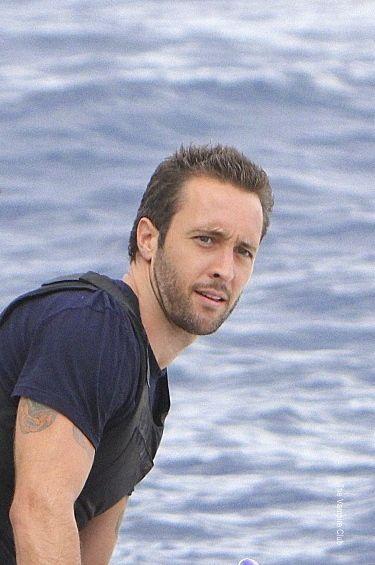 alex o'loughlin in Hawaii | Alex O'Loughlin: Hawaii Five-0-Fotos promocionales del Episodio 2 ...
