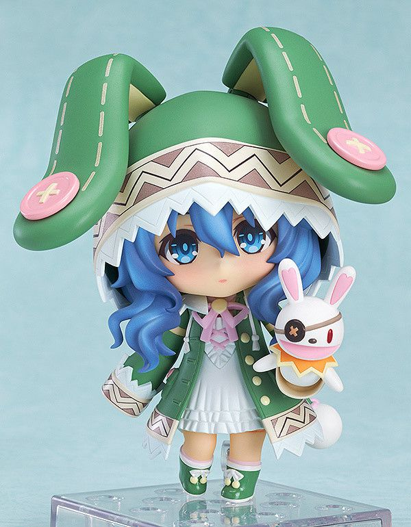 What better way to celebrate the upcoming second season of the supernatural rom-com series Date A Live than with your own Yoshino Nendoroid figure? Her shy personality comes through with three different facial expressions, which include tearful and blushing faces, but she can still speak her mind with her confident puppet companion Yoshinon and defend herself with her angel Zadkiel, albeit as a le...