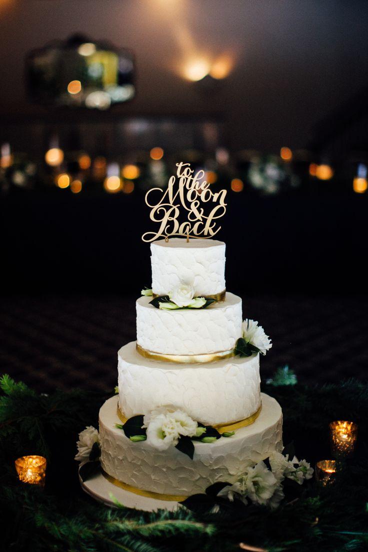 Wedding cake goals!! So pretty. View the full wedding here: http://thedailywedding.com/2016/03/09/winter-church-wedding-bill-megan/
