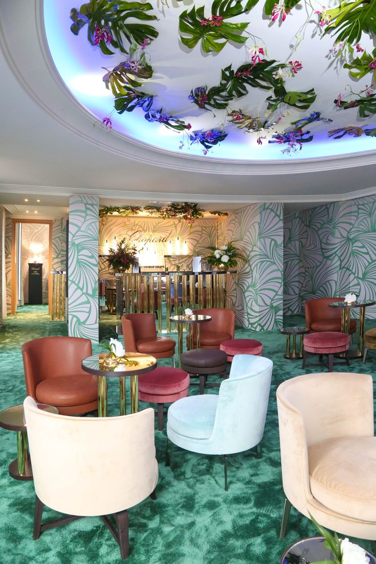 FLEXFORM FEEL GOOD ARMCHAIRS AND OTTOMANS, designed by Antonio Citterio furnish the exclusive #ChopardRooftop at the Hotel Martinez during the Festival de Cannes 2015.