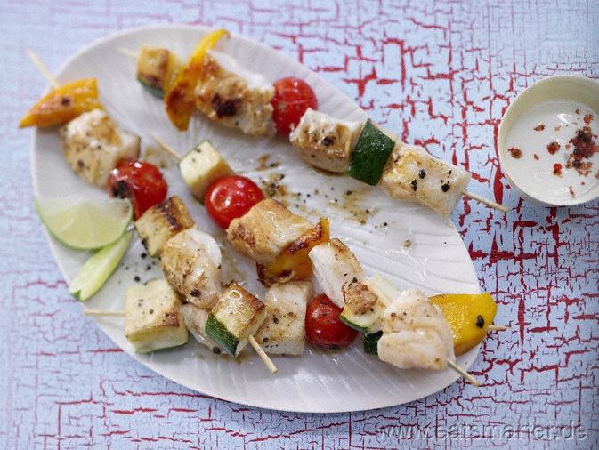 Fisch-Gemüse-Spieße mit Limetten-Dip - smarter - Kalorien: 100 Kcal | Zeit: 30 min. #party