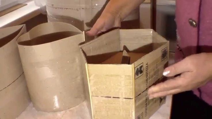 How to make a cardboard form serving as a base for weaving articles with...