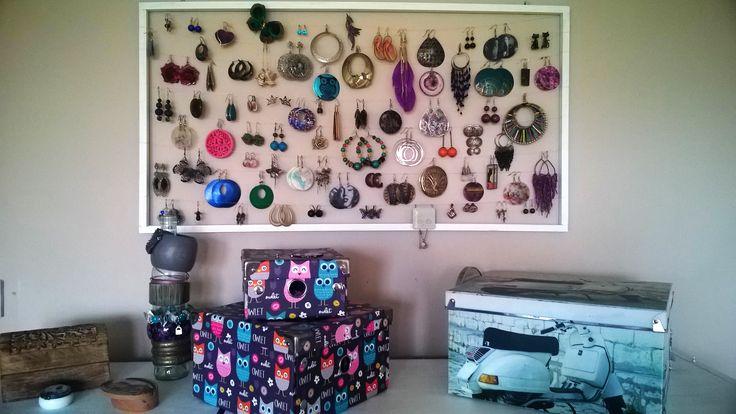 jewellery organisers :)
