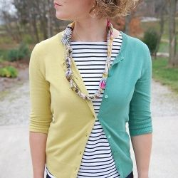 Upcycle Two Cardigans to Make a Unique Two Tone Cardigan.Two Ton Cardigans, Crafts Ideas, Sewing Projects, Cardigans Sweaters Jumping, Fashion Diy, Diy Cardigans, Diy Clothing, Tone Cardigans, Diy Projects