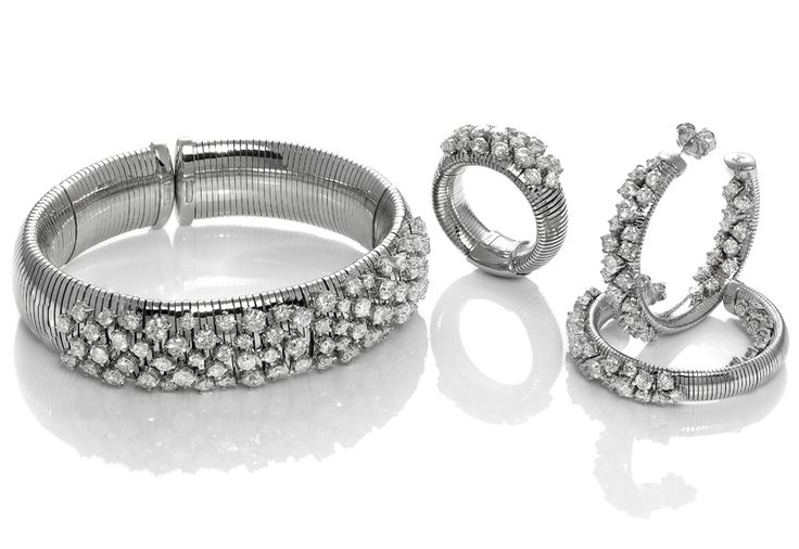 From the Stardust collection by Italian fine jewelry brand Chimento