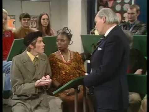 Some Mothers Do Ave Em 'Fathers Clinic' (Part 2)   Classic Frank Spencer.