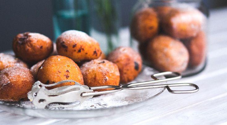 Pączek do duża przyjemność i... spora liczba kalorii * * * * * * www.polskieradio.pl YOU TUBE www.youtube.com/user/polskieradiopl FACEBOOK www.facebook.com/polskieradiopl?ref=hl INSTAGRAM www.instagram.com/polskieradio