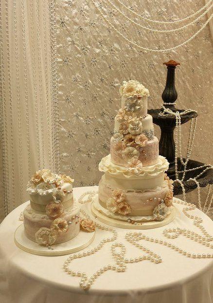 17 Best Ideas About Vintage Wedding Cakes On Pinterest