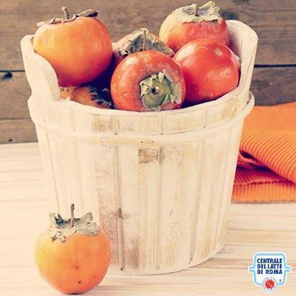 Cachi, frutta *** Persimmon, fruit #HealthyFood