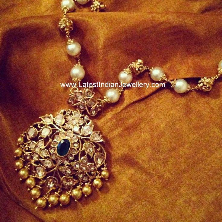 Pachi Locket Pearl Beads Haram