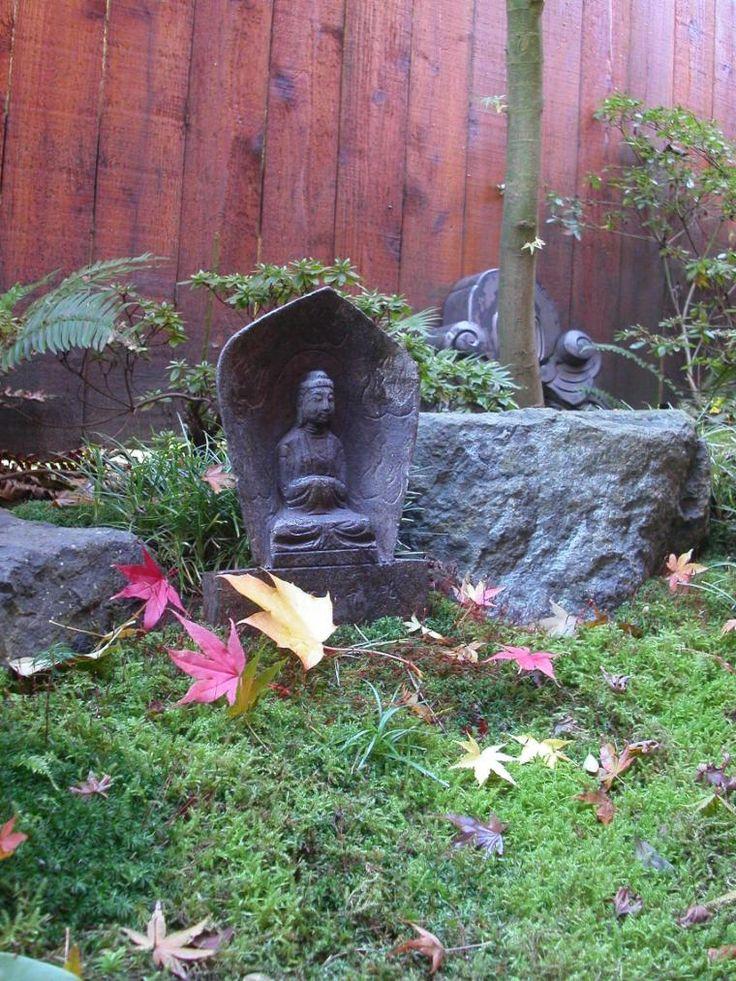 Garden Statue, Autumn in the garden