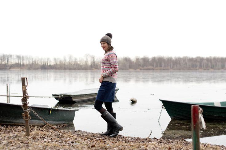 Outfit: Winter Walk along the Rhine | moodforstyle.de - Fashion, Food, Beauty & Lifestyle Blog | Jacket: Duvetica | Sweater: J.Crew | Skirt: Tschibo | Boots: Hunter