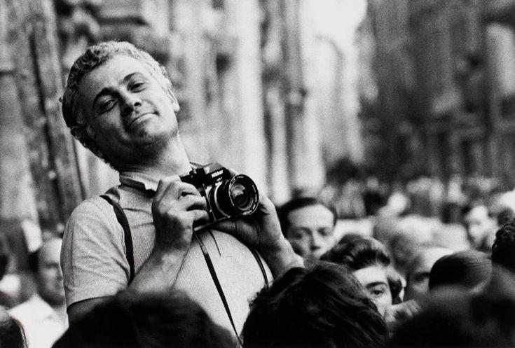 Ugo Mulas fotografato da Gianni Berengo Gardin, Como 1969.