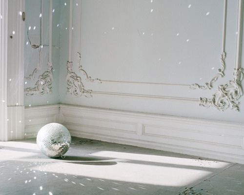 ornate: Lights, Wall Colors, Discos Ball, Pixie Dust, Blue Wall, Wedding Planners, Mirror Ball, Glitter, Greek Art