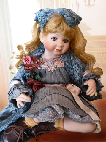 5 Gifts of Death  The doll
