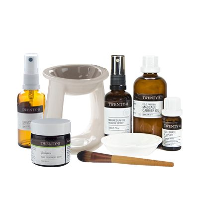 Home Spa Pack - Everything you need to make YOU a priority and to ensure you have the basics for a beautiful Home Spa. The Essential Face Mask is the perfect holiday treat and is heaps of fun to share with friends and family when creating your own home treatments! Your skin will be so thankful. Lighting the vaporiser is a daily ritual that effects everyone in the home and is so easy to use that it creates a beautiful ambience in the evenings too.