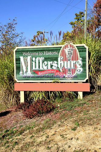 Ohio Counties with Amish | Welcome Sign Millersburg Ohio Holmes County Amish Community U.S. Stock ...