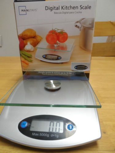 KITCHEN DIGITAL SCALE, MAINSTAYS.NEW IN BOX