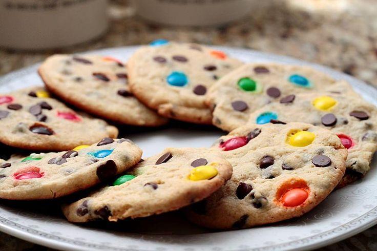 Se você adora os cookies do Subway, saiba que também é possível fazê-los facilmente em casa :) #subwat #cookies #receitas