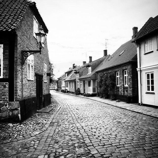 Altstadt von Rønne, Bornholm #street #houses #bornholm #old #roenne #ronne