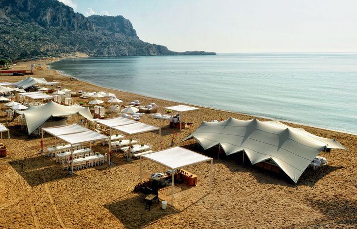Zazoo Event Rentals A.E. - Corporate Event στη Ρόδο, 800 ατόµων: Stretch tents 100% αδιάβροχες 600 τ.µ., Gazebo 300 τ.µ., Kenzo Bamboo Buffet, Diana λευ