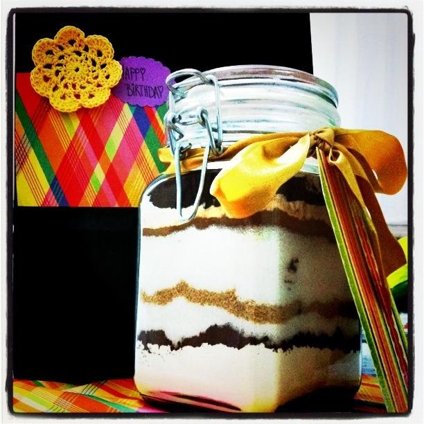 cake in a jar gift idea
