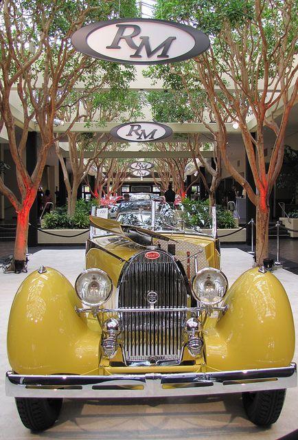 1935 Bugatti Type 57 Grand Raid Roadster at the RM Auction in Monterey, CA - https://www.luxury.guugles.com/1935-bugatti-type-57-grand-raid-roadster-at-the-rm-auction-in-monterey-ca/