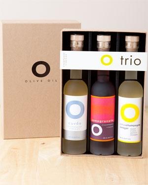 O Olive Oil Citrus & Pomegranate Champagne Vinegar Set. pretty trio #packaging PD